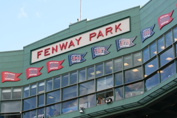 Fenway_Park_name_home_plate_35_percent